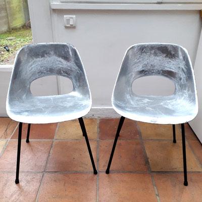 Pierre Guariche, paire de chaises Tulipe en aluminium pour Steiner, c. 1954