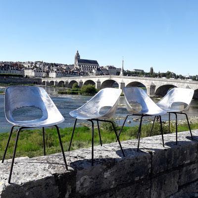 Pierre Guariche, suite de 4 chaises Tulipe en aluminium pour Steiner, c. 1954