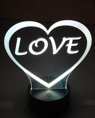 Découpe et gravure laser de PMMA avec éclairage tangetiel