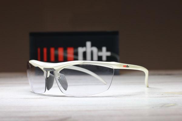 Stylus Japan / ホワイト / 調光レンズ / ¥28,000(税別)