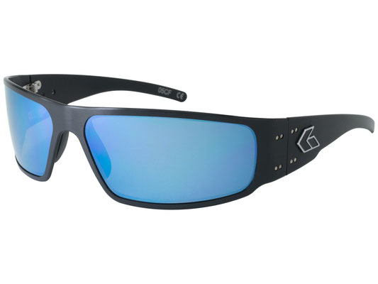 MAGNUM2.0 Black Frame/Blue Mirror Polarized Lenses/¥26,000(税別)
