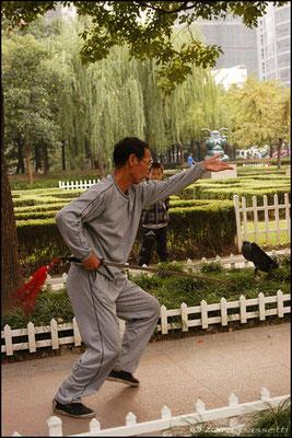 A man practising sword art in Changshou Park, Shanghai