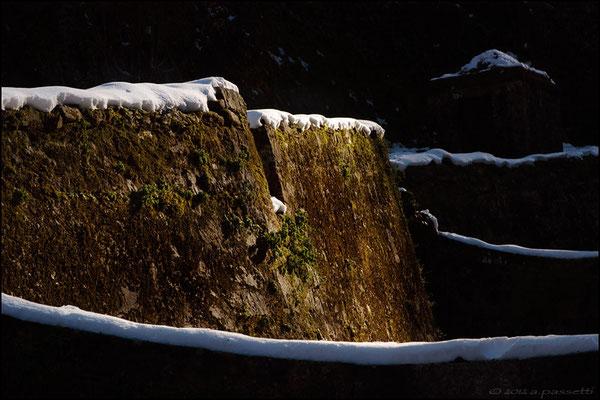 Acquedotto Nottolini with snow, San Quirico (Lucca)
