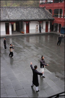 At the Wudang Taoist Kung Fu Academy, thanks to Luca, Pascal and Krishna