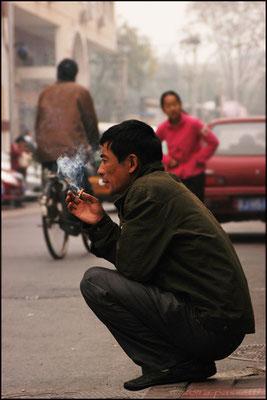 Smoking in the fog, Beijing