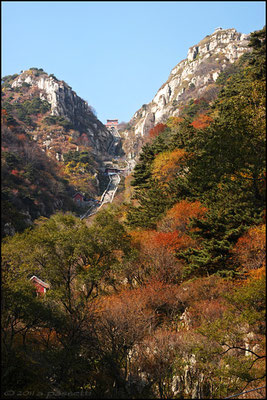 "The nice view over the ""Eighteen Bends"", Taishan"