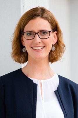 Nadine Hellmuth
