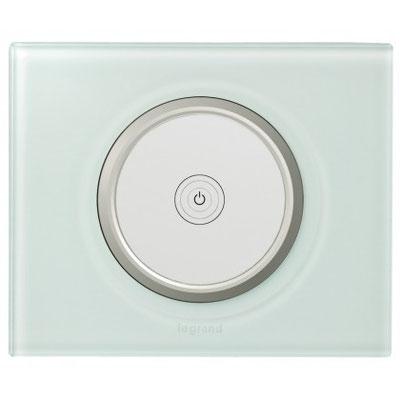 Électricité générale : Cet interrupteur LEGRAND tactile peut fonctionner avec différents types de lampes.