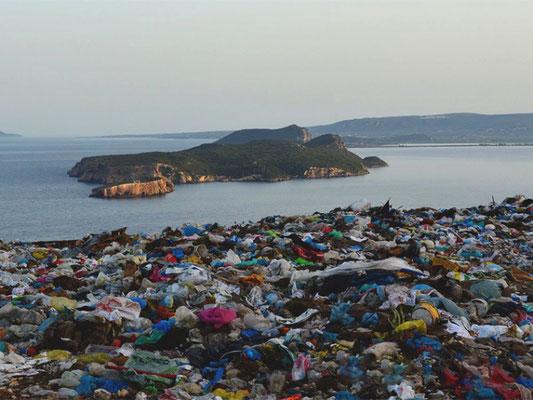 Décharge sauvage à Pylos en 2016