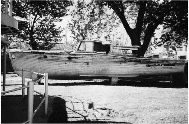 "Geborgenes Verkehrsboot aus dem ""La Plata"""