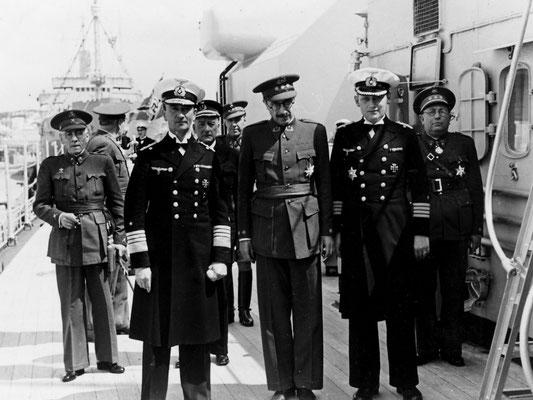 Adm. Böhm, General Juan Luis Beigbeder y Atienza - der Hochkommissar für Spansich-Marokko - KptzS. Langsdorff.