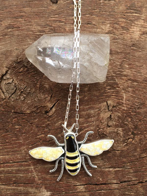 Cloisonne enamel bee necklace