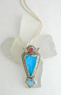 Antique plate necklace-blue