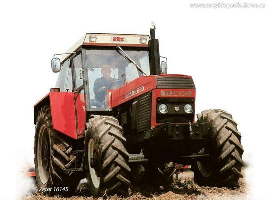 Zetor ZTS Traktor