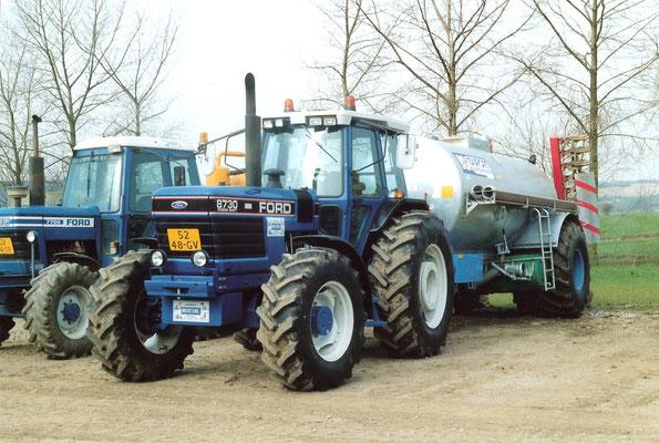 Ford Traktor 8730