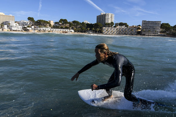 Short board surfing, Majorca