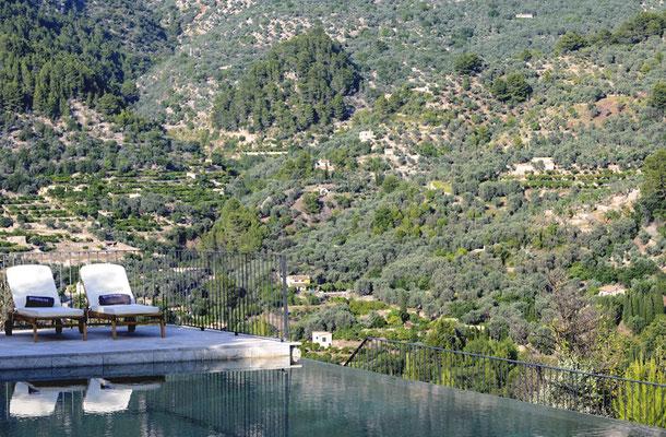 Luxury finca pool in Soller