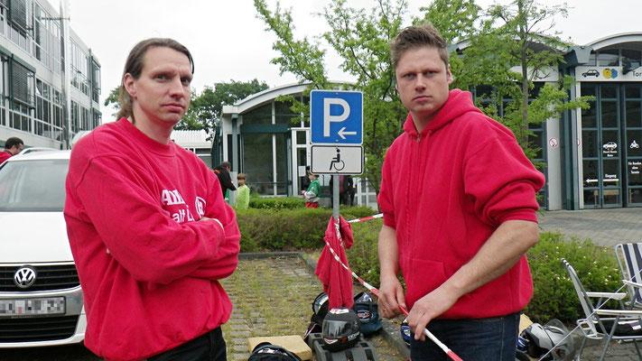 Als Betreuer mit dabei Holger (li.) und Rene