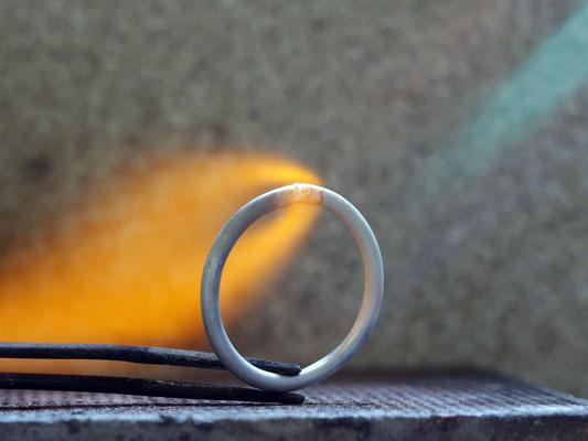 Heiße Sache, jeder Ring wird einzeln angefertigt
