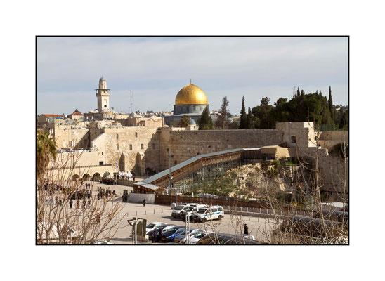 22/02/2012 Muro del pianto - sullo sfondo la Moschea di Omar