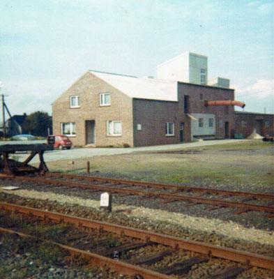 Bis 1984 lag der Bahnanschluß direkt vor unserem Lager