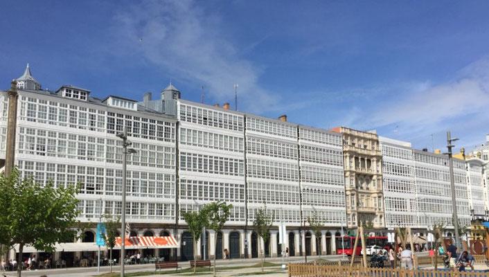 Galeriehäuser Avenida de la Marina