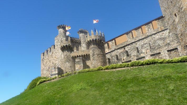 Die Burg des Templerordens in Ponferrada
