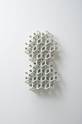 Lattice receptacle‐Polycrystal(twin 2), 2013, Porcelain, h.47×w.25×d.11cm