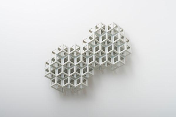 Lattice receptacle‐Polycrystal(twin 1), 2013, Porcelain, h.37×w.44×d.11cm