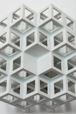 Lattice receptacle‐Monocrystal 3, 2014, Porcelain, h.25.5×w.25.5×d.11cm