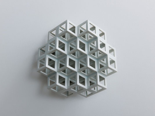 Lattice receptacle‐Monocrystal 1, 2012, Porcelain, h.25×w.25×d.11㎝