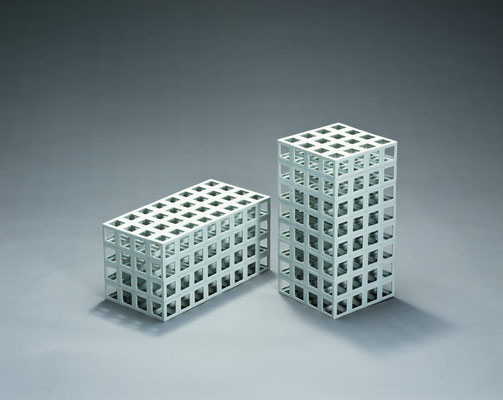 Lattice receptacle 02‐A,B, 2002, Porcelain, h.35×w.18×d.18cm/h.18×w.18×d.35cm