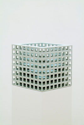 Lattice receptacle‐光の舞台, 2005, Porcelain, h.35×w.35×d.35㎝