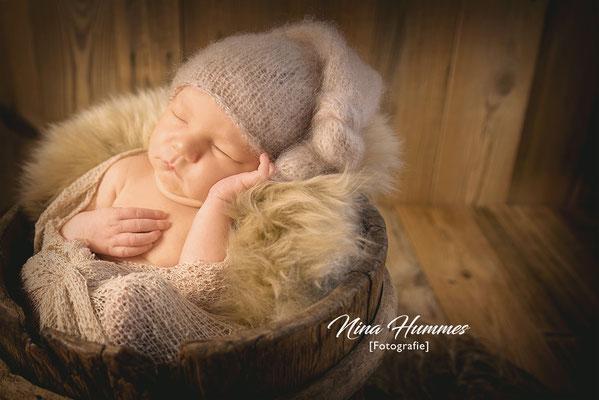 Neugeborenenfotografie in Pulheim , Frechen / Shooting / Fotoshooting nach der Geburt