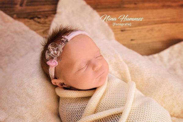 Fotograf Frechen / Neugeborenenfotografie / Babyfotografie / Studio Frechen