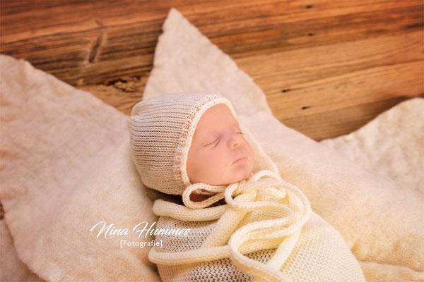 Babyfotografie in Kerpen , Erftstadt / Meilenstein Babyshooting / Fotoshooting