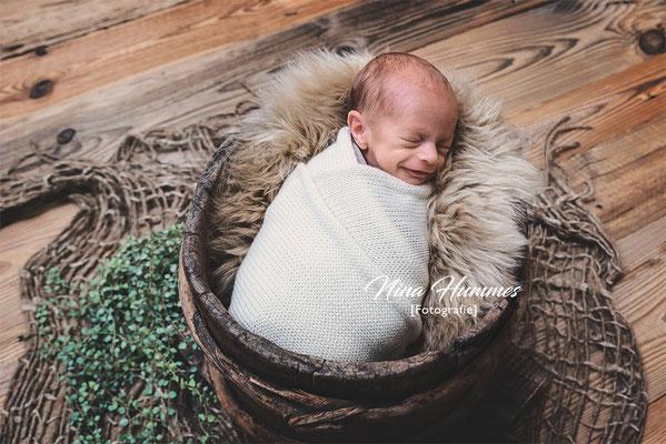 Fotograf Pulheim / Neugeborenenfotografie / Babyfotografie / Studio Pulheim