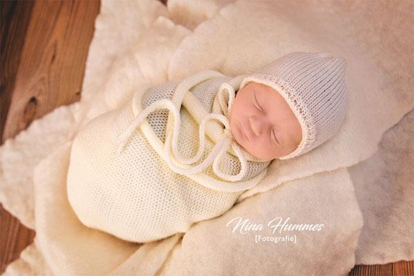 Fotograf Lövenich / Neugeborenenfotografie / Babyfotografie / Studio Lövenich