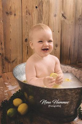 Fotograf Braunsfeld / Neugeborenenfotografie / Babyfotografie / Studio Braunsfeld