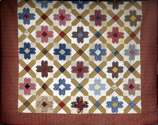 Marigold Pattern Quilt