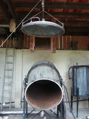 Préparation du nettoyage de la cuve à la vapeur d'eau suite à la distillation