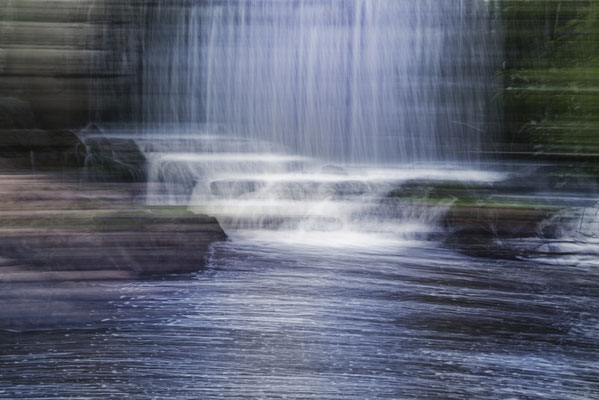 Intentional camera movement photography. Copyright © Jarno Sarén.