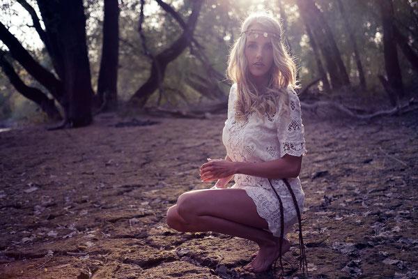 Karlsruhe, Fotoshooting, Model, Boho-Style, Kleid, Gegenlicht, Sonne, blond, Fotograf, Porträt