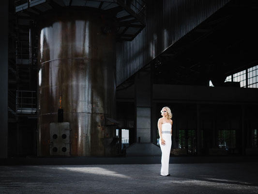 Fotoreise, Trip, Ausflug, Fotoshooting, Luxemburg, Model, Industrie, Frau, Cathy, Outdoor, available Light, Roy Petzold, Jochen Freitag
