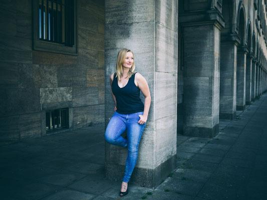 Schauspieler, Katharina Roczyn, Karlsruhe, Fotoshooting, Theater, Location, authentisch,