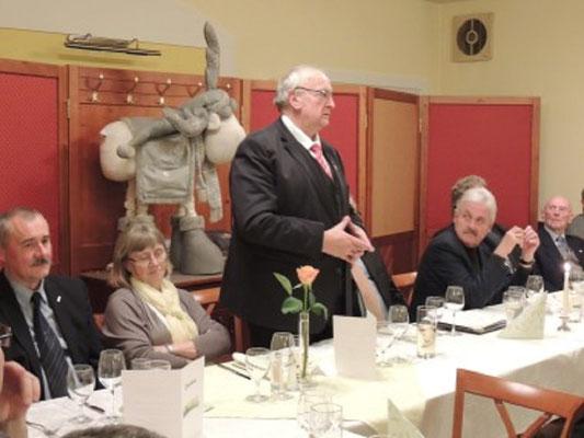 Der Präsident des NÖFV, Johann Gartner mit Gattin, gab uns die Ehre