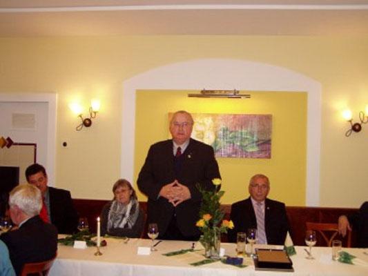 Bedankte sich bei den Kollegen für das abgelaufene Jahr Präsident des NÖFV  BM Johann Gartner