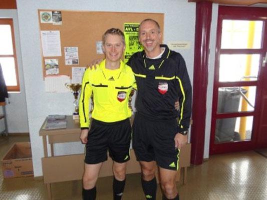 Schiedsrichter Mag. Markus Gerstbauer, Dir. Fritz Laschober