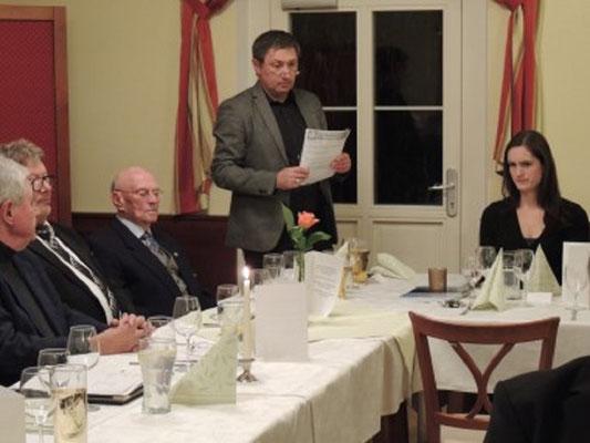 JHG Gerhard Klein bei seinem Bericht
