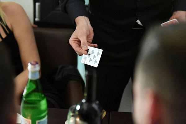 Zauberschule Heilbronn, Zauberer in Karlsruhe, Zauberseminar Heilbronn, Zauberseminar Heilbronn, Zauberkurse Karlsruhe, Zauberer in Karlsruhe, zaubern lernen Karlsruhe, Zaubertricks Heilbronn, Zaubern Karlsruhe, Zauberseminare Pforzheim